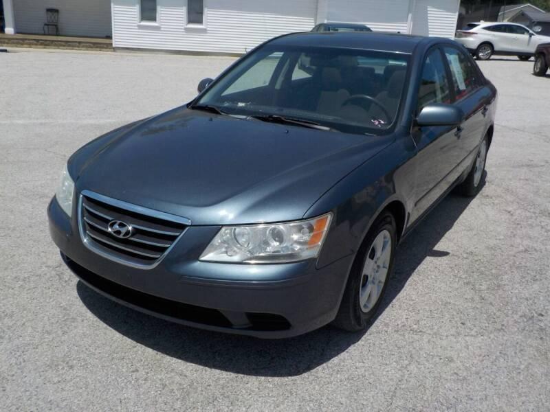2009 Hyundai Sonata for sale at SEBASTIAN AUTO SALES INC. in Terre Haute IN
