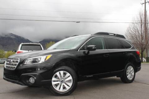2017 Subaru Outback for sale at REVOLUTIONARY AUTO in Lindon UT