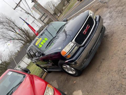 2006 GMC Yukon for sale at Shelton & Son Auto Sales L.L.C in Dover AR