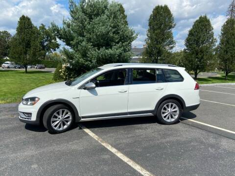 2017 Volkswagen Golf Alltrack for sale at Chris Auto South in Agawam MA