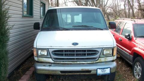 2001 Ford E-Series Cargo for sale at Griffon Auto Sales Inc in Lakemoor IL