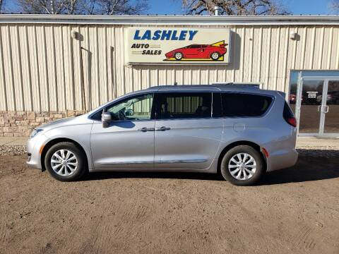 2018 Chrysler Pacifica for sale at Lashley Auto Sales in Mitchell NE