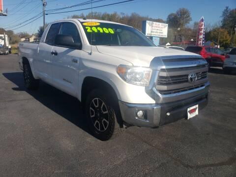 2015 Toyota Tundra for sale at Elk Avenue Auto Brokers in Elizabethton TN