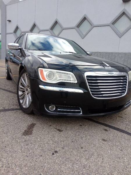 2012 Chrysler 300 for sale at Double Take Auto Sales LLC in Dayton OH