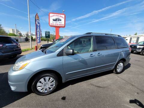 2004 Toyota Sienna for sale at Ford's Auto Sales in Kingsport TN