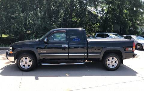 2002 Chevrolet Silverado 1500 for sale at 6th Street Auto Sales in Marshalltown IA