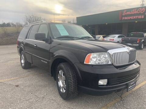 2006 Lincoln Navigator for sale at FASTRAX AUTO GROUP in Lawrenceburg KY