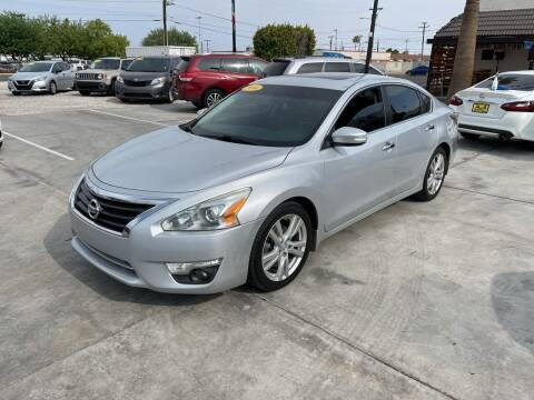 2014 Nissan Altima for sale at A AND A AUTO SALES in Gadsden AZ