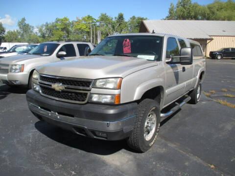 2007 Chevrolet Silverado 2500HD Classic for sale at Economy Motors in Racine WI