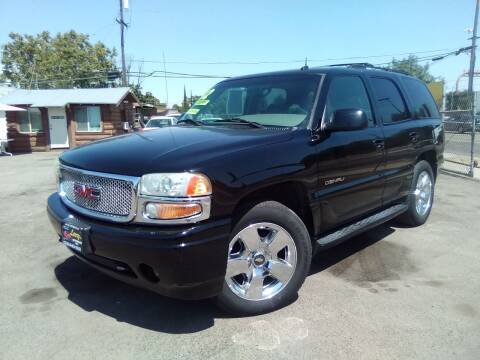 2002 GMC Yukon for sale at Larry's Auto Sales Inc. in Fresno CA