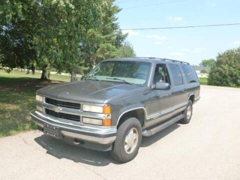 1999 Chevrolet Suburban for sale at HUDSON AUTO MART LLC in Hudson WI