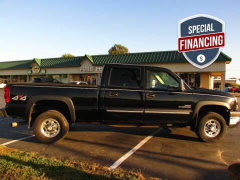 2006 Chevrolet Silverado 2500HD for sale at Auto World in Carbondale IL