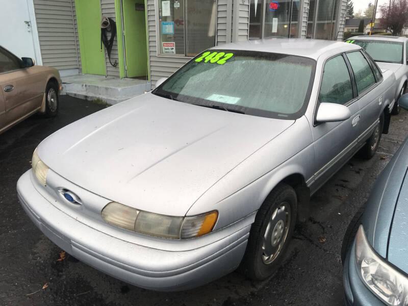 1995 Ford Taurus for sale at American Dream Motors in Everett WA