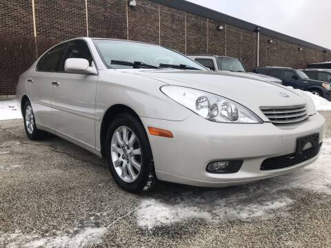 2004 Lexus ES 330 for sale at Classic Motor Group in Cleveland OH