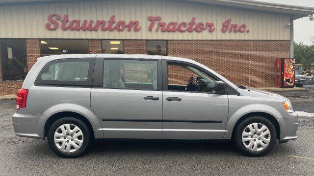 2014 Dodge Grand Caravan for sale at STAUNTON TRACTOR INC in Staunton VA