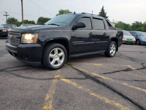 2007 Chevrolet Avalanche for sale at Geareys Auto Sales of Sioux Falls, LLC in Sioux Falls SD