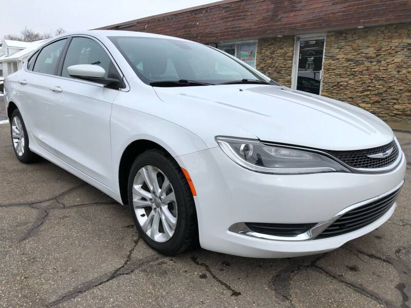 2015 Chrysler 200 for sale at Approved Motors in Dillonvale OH