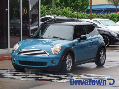 2009 MINI Cooper for sale at DriveTown in Houston TX