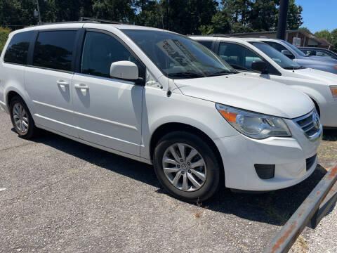 2012 Volkswagen Routan for sale at Auto Credit Xpress in Benton AR