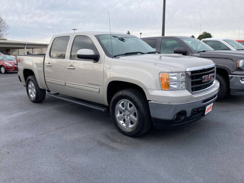 2009 GMC Sierra 1500 for sale at McCully's Automotive - Trucks & SUV's in Benton KY