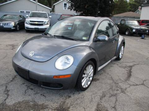 2008 Volkswagen New Beetle for sale at RJ Motors in Plano IL