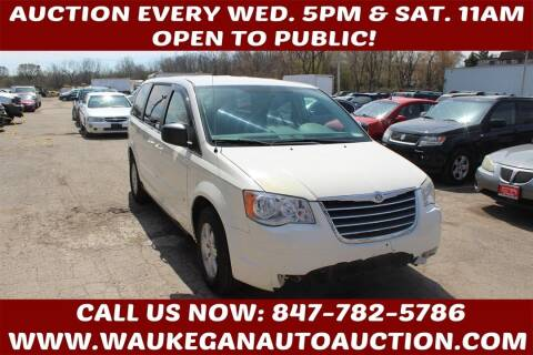 2010 Chrysler Town and Country for sale at Waukegan Auto Auction in Waukegan IL