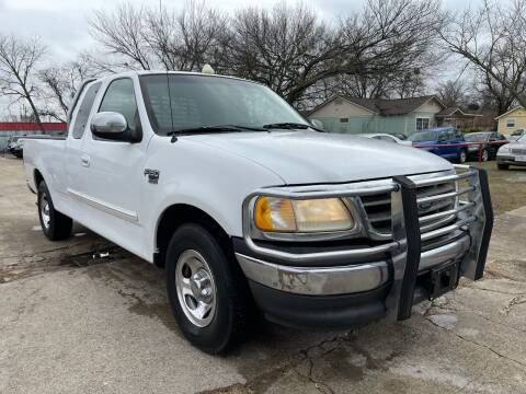 2001 Ford F-150 for sale at Texas Select Autos LLC in Mckinney TX