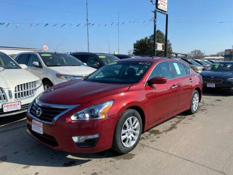 2014 Nissan Altima for sale at De Anda Auto Sales in South Sioux City NE