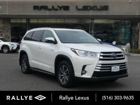 2018 Toyota Highlander Hybrid for sale at RALLYE LEXUS in Glen Cove NY