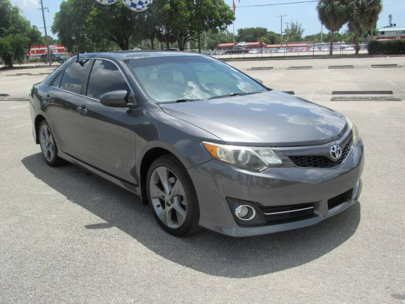 2012 Toyota Camry for sale at United Auto Center in Davie FL