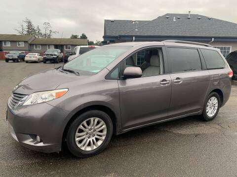 2014 Toyota Sienna for sale at South Commercial Auto Sales in Salem OR