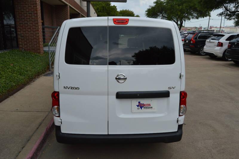 2015 Nissan NV200 SV 4dr Cargo Mini-Van - Dallas TX