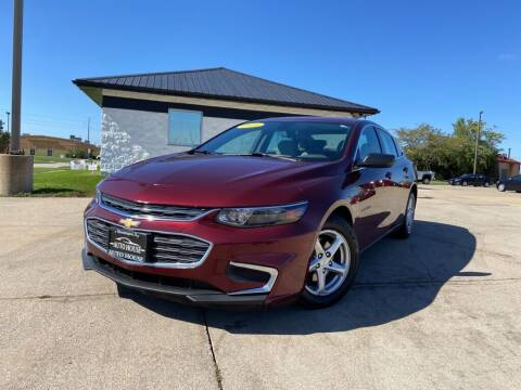 2016 Chevrolet Malibu for sale at Auto House of Bloomington in Bloomington IL