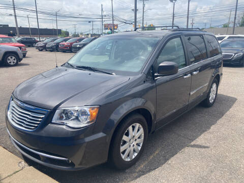 2016 Chrysler Town and Country for sale at M-97 Auto Dealer in Roseville MI
