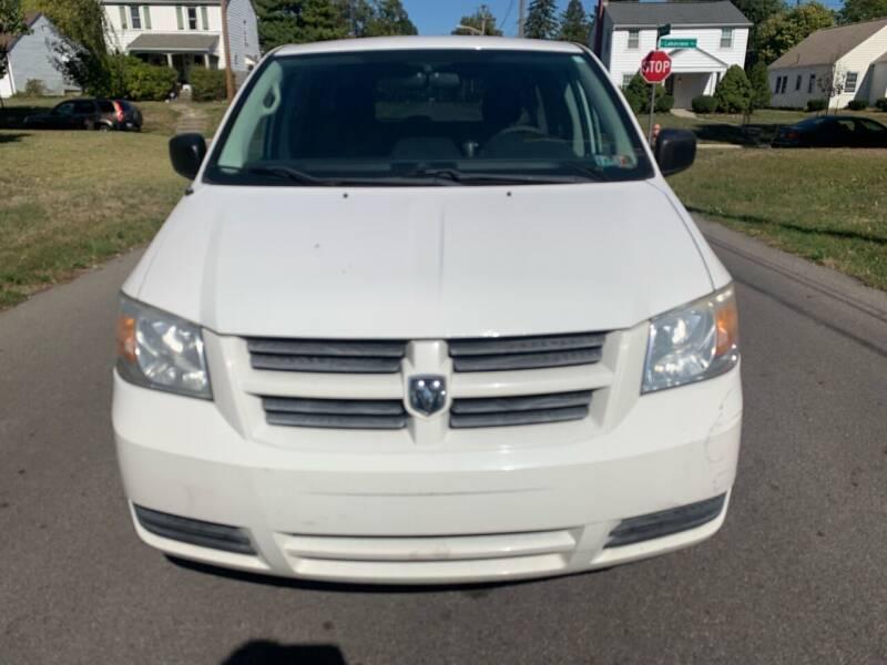 2008 Dodge Grand Caravan for sale at Via Roma Auto Sales in Columbus OH
