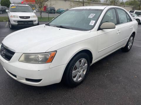 2008 Hyundai Sonata for sale at Diana Rico LLC in Dalton GA