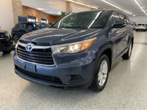 2016 Toyota Highlander for sale at Dixie Motors in Fairfield OH