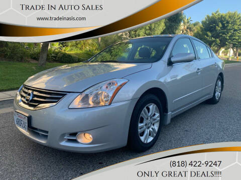 2011 Nissan Altima for sale at Trade In Auto Sales in Van Nuys CA