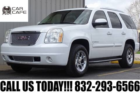 2007 GMC Yukon for sale at CAR CAFE LLC in Houston TX