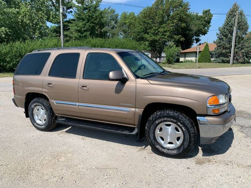 2004 GMC Yukon for sale at GREENFIELD AUTO SALES in Greenfield IA