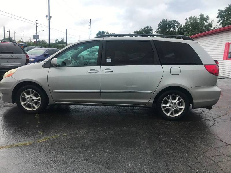 2006 Toyota Sienna XLE Limited 7-Passenger 4dr Mini-Van - Indianapolis IN