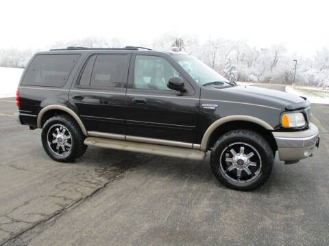 2002 Ford Expedition for sale at Crossroads Used Cars Inc. in Tremont IL