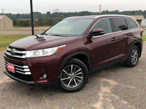 2019 Toyota Highlander for sale at STATELINE CHEVROLET BUICK GMC in Iron River MI