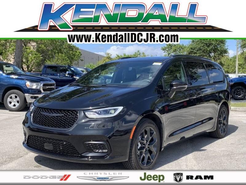 2021 Chrysler Pacifica for sale in Miami, FL