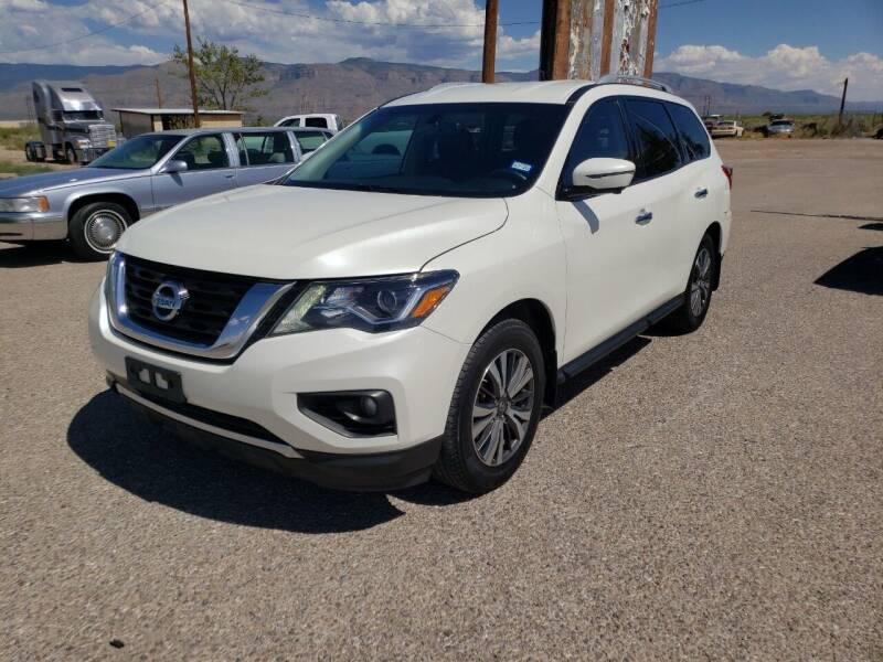 2017 Nissan Pathfinder for sale at Bickham Used Cars in Alamogordo NM