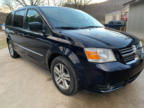 2010 Dodge Grand Caravan for sale at Day Family Auto Sales in Wooton KY