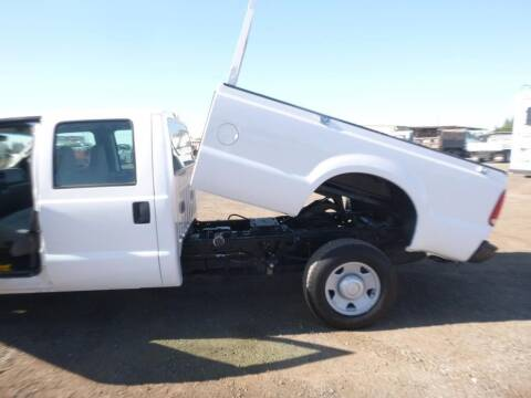 2006 Ford F-350 Super Duty for sale at Armstrong Truck Center in Oakdale CA