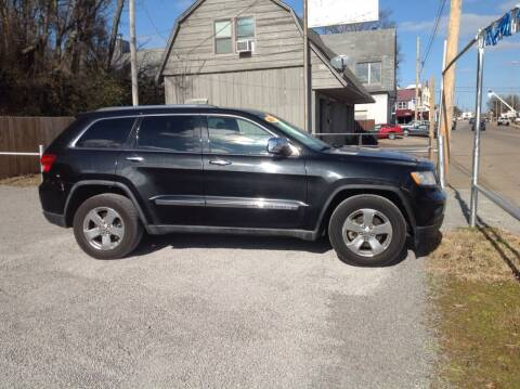 2011 Jeep Grand Cherokee for sale at GIB'S AUTO SALES in Tahlequah OK