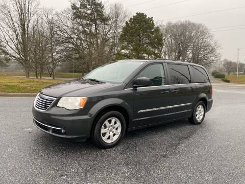 2012 Chrysler Town and Country for sale at GTO United Auto Sales LLC in Lawrenceville GA