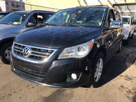 2014 Volkswagen Routan for sale at Ultra Auto Enterprise in Brooklyn NY